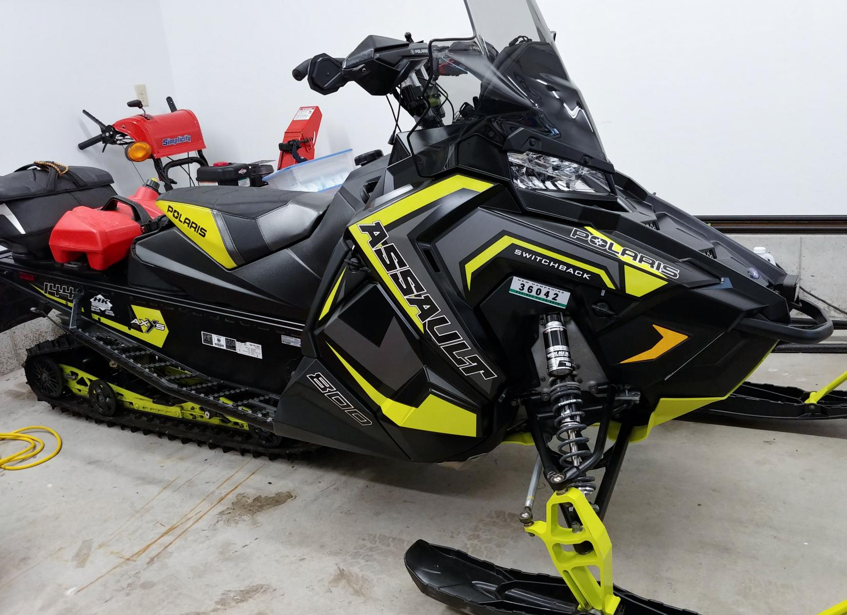 Click image for larger version  Name:2018 Assault 800.jpg Views:256 Size:231.8 KB ID:2030434