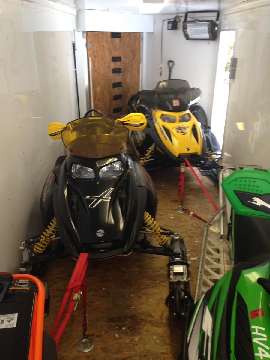 Click image for larger version  Name:4 sleds in trailer.jpg Views:21 Size:110.1 KB ID:2053786