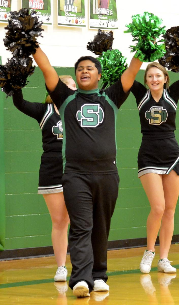 Click image for larger version  Name:Krom cheerleader.jpg Views:27 Size:108.5 KB ID:2057322