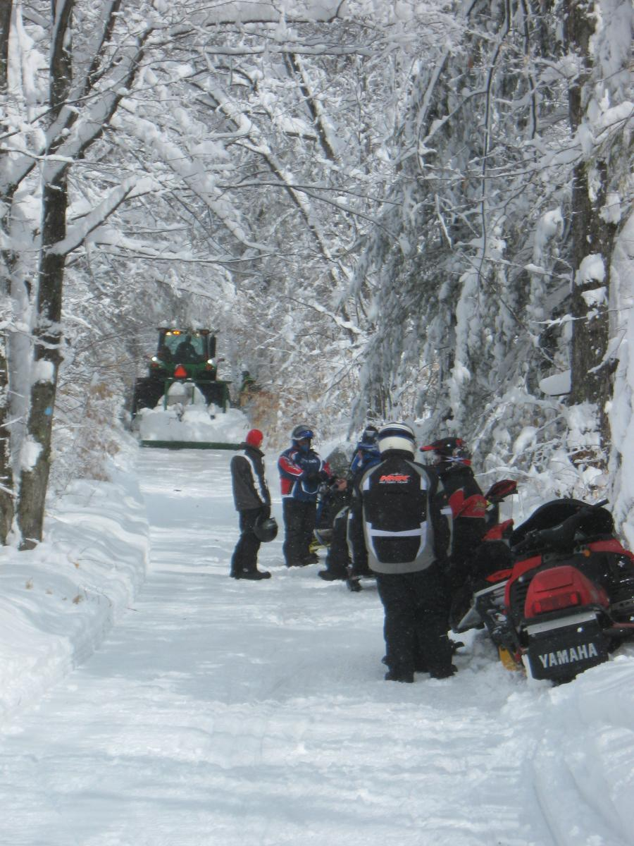 Click image for larger version  Name:March blizzard trip 010.jpg Views:55 Size:167.9 KB ID:2065312