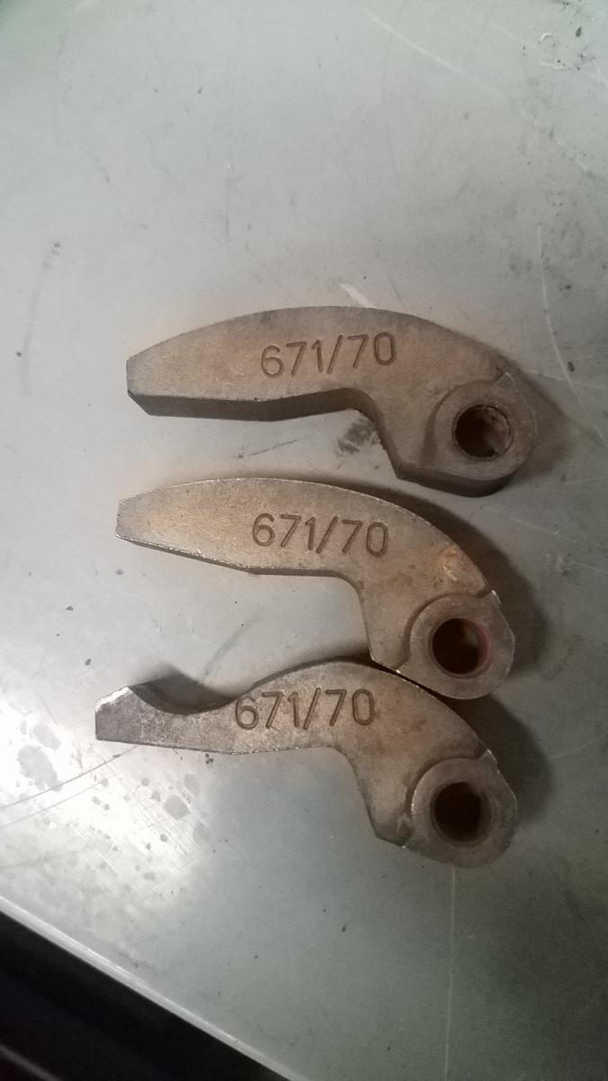 Click image for larger version  Name:worn weights.jpg Views:16 Size:64.6 KB ID:2074312